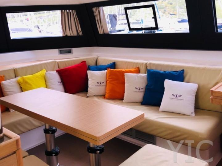 2707766980000103017 dufour 48 catamaran interior 720