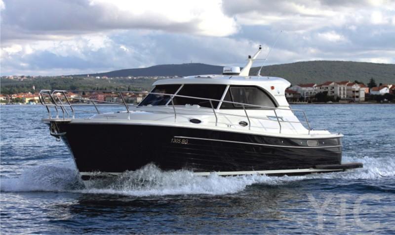 adriana 36 asta yachting charter croatia