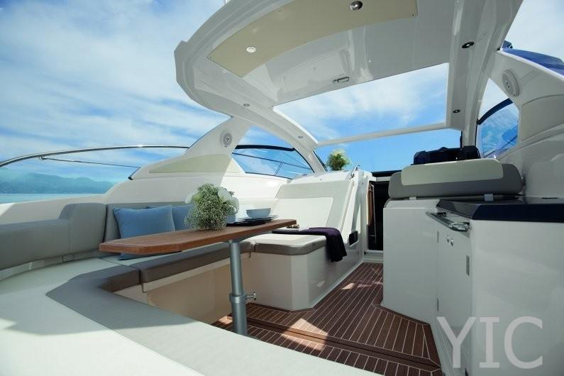 azimut 34 motor yacht in croatia charter on yachtsincroatia