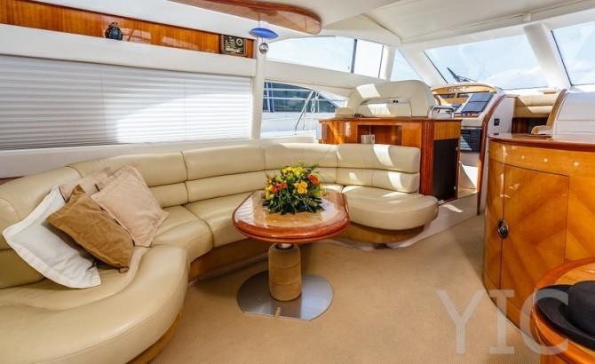 azimut 52 motor yacht in croatia charter on yachtsincroatia