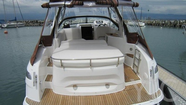 bavaria 28 motor yacht in croatia charter on yachtsincroatia