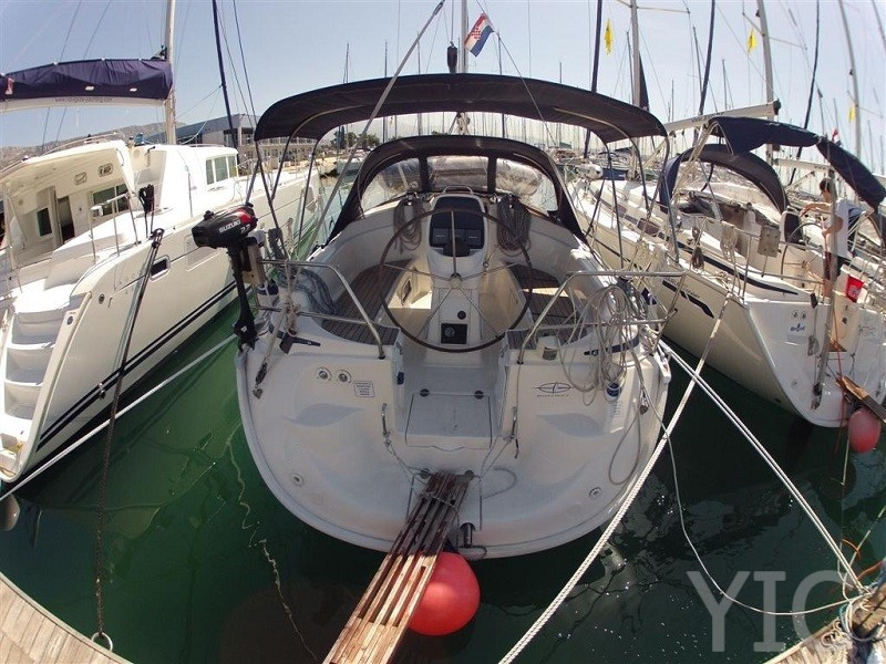 bavaria 30 cruiser sailing boat sale