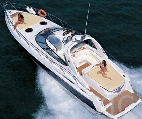 cranchi 41 motor yacht in croatia charter on yachtsincroatia