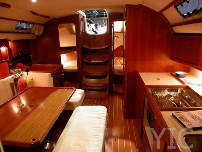 dufour 385 grand  039  large 2008 407 1295181912