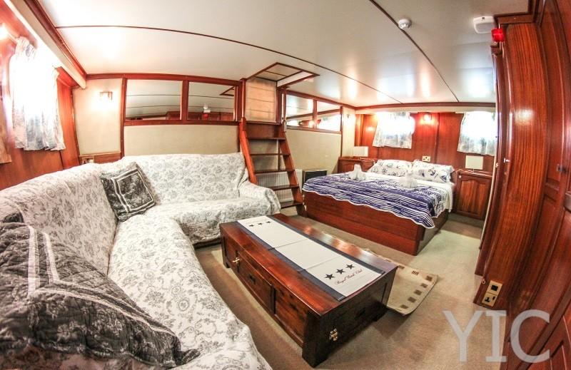 eva motor yacht in croatia charter on yachtsincroatia