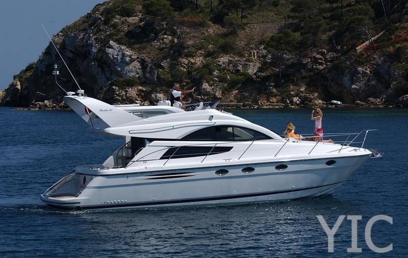 fairline 40 motor yacht in croatia charter on yachtsincroatia