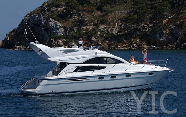 fairline phantom 40 motor yacht in croatia charter on yachtsincroatia