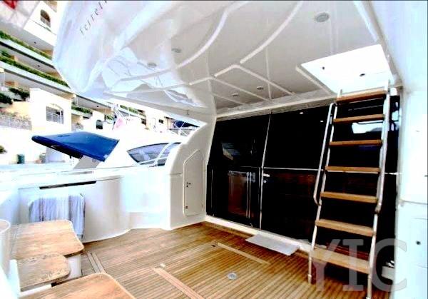 ferretti 590 motor yacht in croatia charter on yachtsincroatia