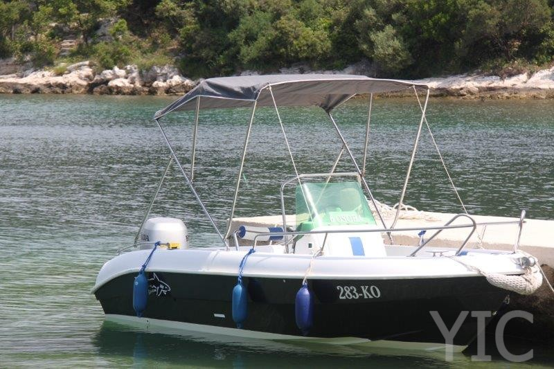 small boat charter  tiburon 550