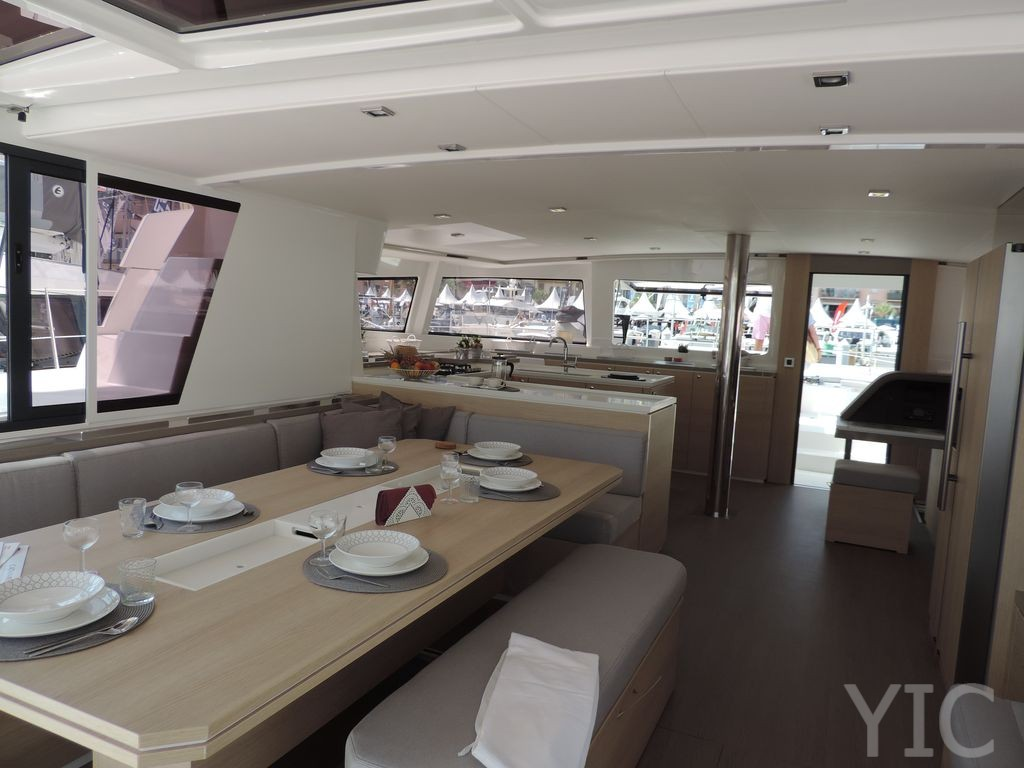 istion yachting bali54 af