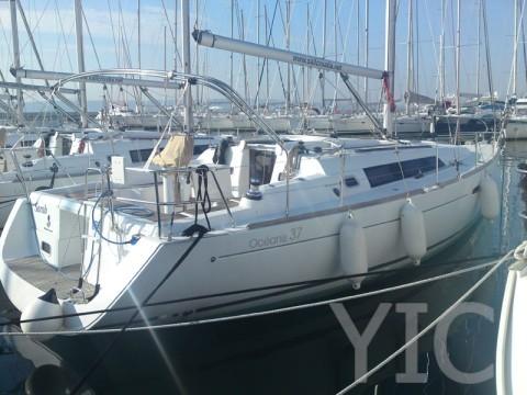 oceanis 37 sailing yacht in croatia charter on yachtsincroatia