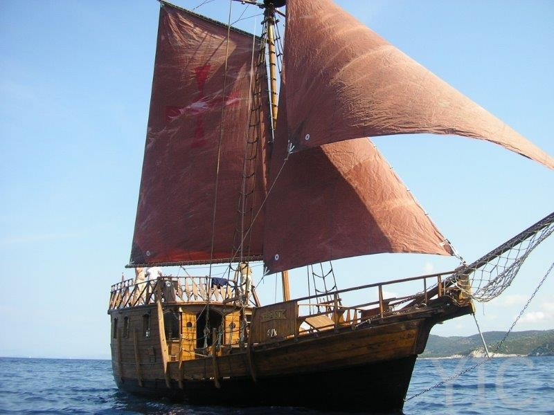 pirate gulet santa maria kaŠtela croatia charter   copy