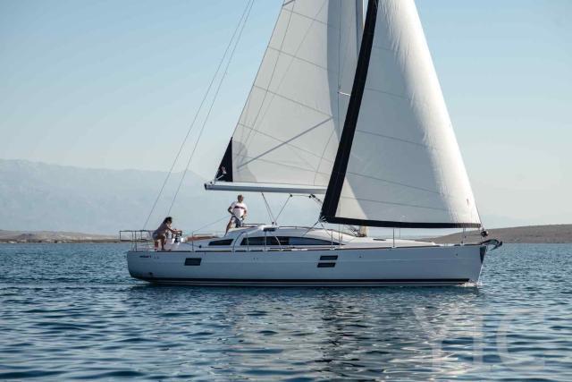 rent a boat kaŠtela elan impression 40,1 2021