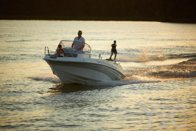 rent a boat petrČane marine time 556 open cabin   marinetime 556