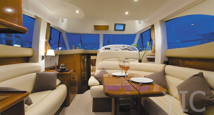 salon prestige36 yacht big