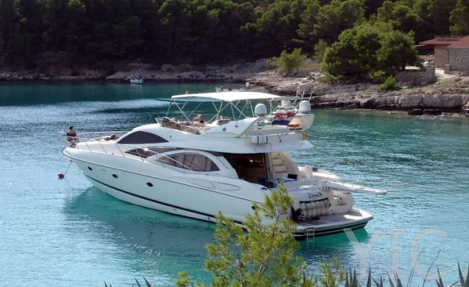 sunseeker manhatan 64 luxury yacht in croatia charter on yachtsincroatia